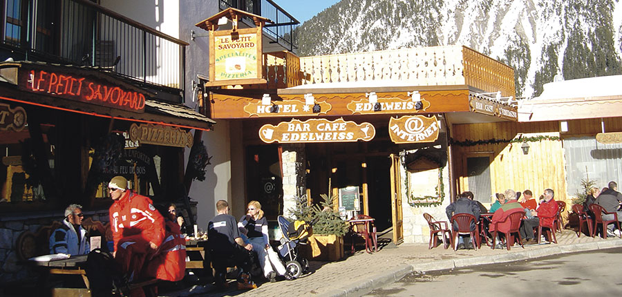 france_courchevel_hotel-edelweiss_exterior.jpg